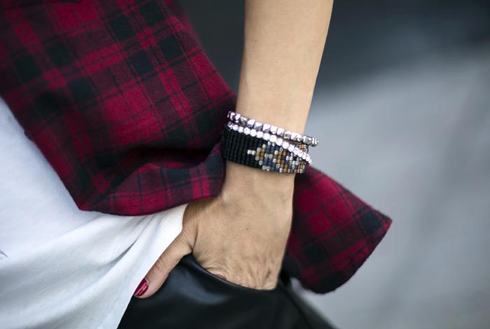 street style barbara crespo feathers the corner shop tshirt fashion blogger outfit blog de moda