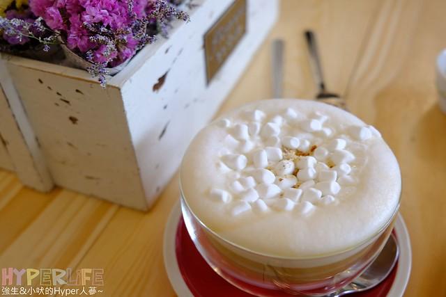 33441053402 67d7d16729 z - 台中西區│愛我的.咖啡,頭頂上滿滿的玫瑰花朵拍起IG照,真的好夢幻(已歇業)