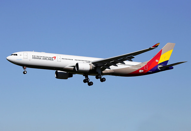 9 avril 2014 - ASIANA AIRLINES Airbus A 330-300 F-WWYD msn 1518 - LFBO - TLS