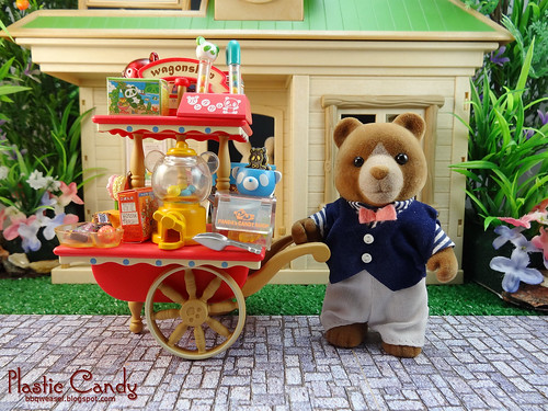 Mr Marmalade and his sweet cart