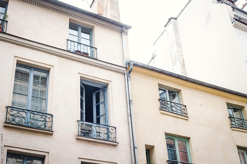 Rue de Seine, Saint-Germain