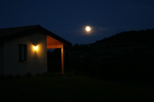 arriva la sera, spunta la luna