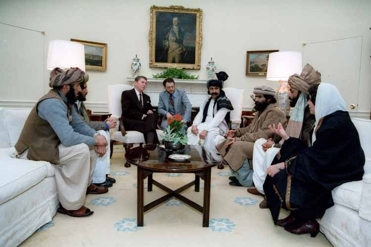Reagan-with-the-taliban