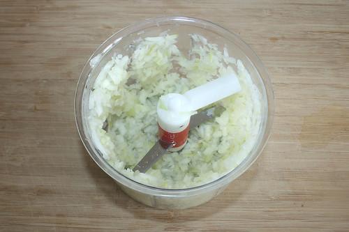 19 - Zwiebel würfeln / Dice onion