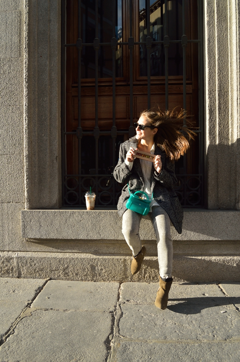 lara-vazquez-madlula-blog-style-fashion-look-green-attire-spring