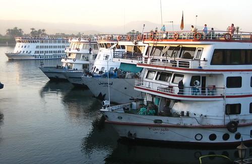 cruise winter ferry peace travellers egypt nile egipto luxor 2009 1000views nilo egyptians nilecruise 2000views 5000views egytians oldcivilitation cruceroenelnilo oldcivilitasion