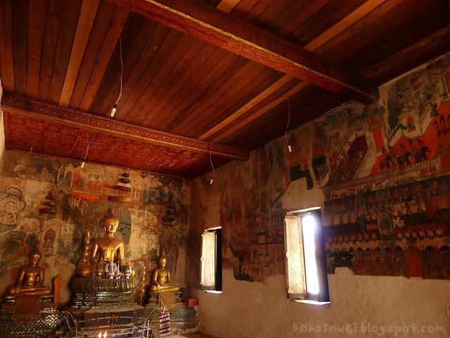 14 Phou Si Hill Wat Pahouak Murals