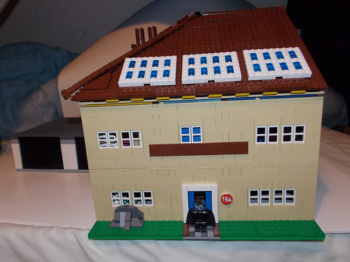 LEGO Modern British semi detached house - Whole house shot 1