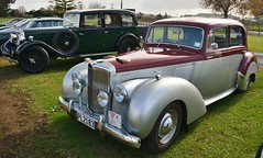 packard super eight(0.0), rolls-royce phantom iii(0.0), rolls-royce silver dawn(0.0), mid-size car(0.0), touring car(0.0), automobile(1.0), packard 120(1.0), vehicle(1.0), antique car(1.0), sedan(1.0), classic car(1.0), vintage car(1.0), land vehicle(1.0), luxury vehicle(1.0),