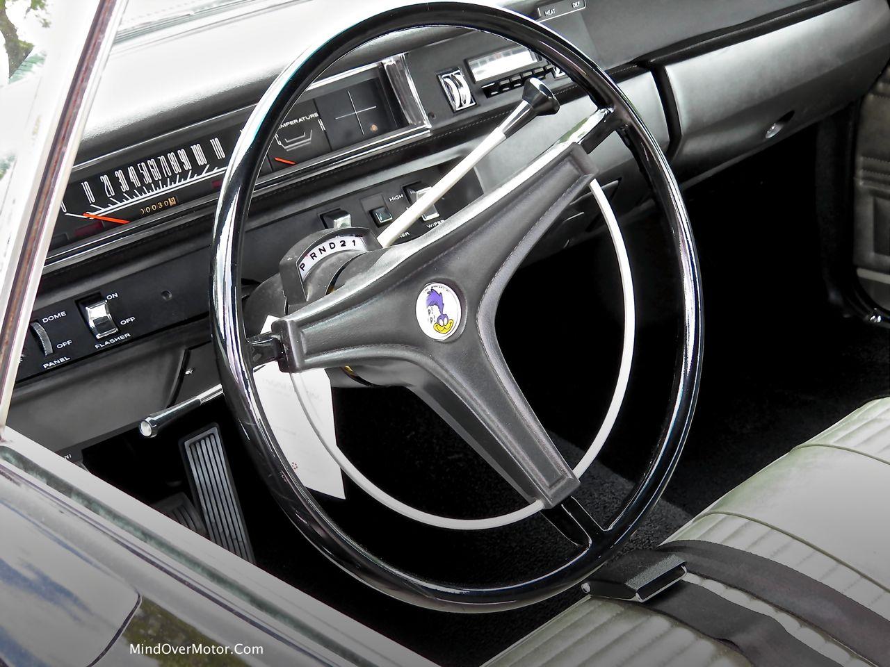 1969 Plymouth Road Runner 440+6 Interior