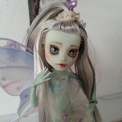 fairy(1.0), fictional character(1.0), pink(1.0), doll(1.0), toy(1.0),