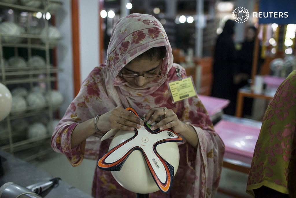 SOCCER-WORLD/PAKISTAN-BALL