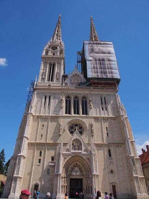 聖母升天大教堂正面