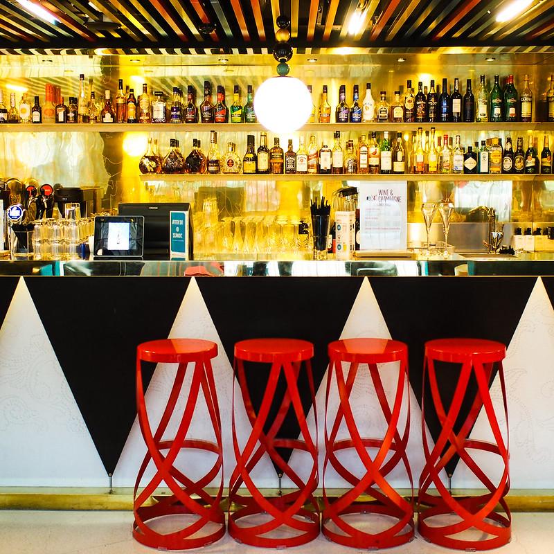 Scandic Paasi Helsinki bar