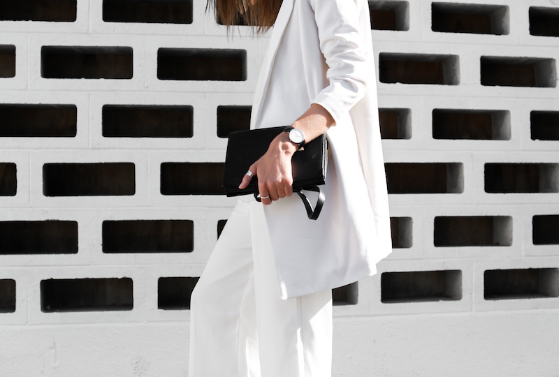 modern legacy fashion white on white street style blog Rodebjer Theyskens Theory wide culottes Camilla and Marc Zoya cami top Common Projects leather slide sandals Alexander Wang Prisma envelope clutch bag outfit work office wear (11 of 12)