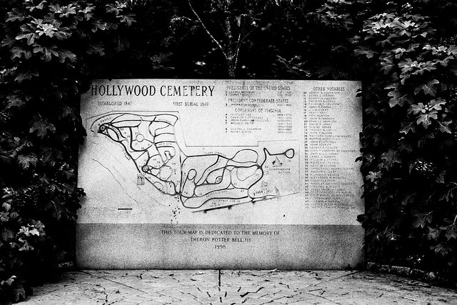 Hollywood Cemetery Map