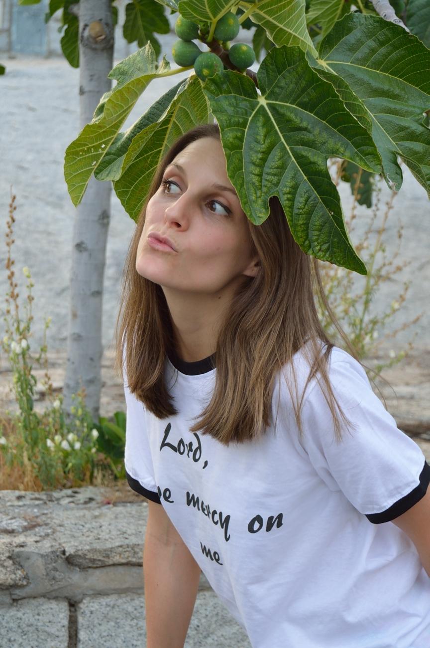 lara-vazquez-madlula-fashion-style-look-funny-face