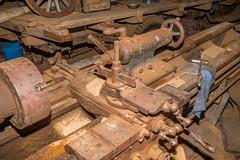 Antique 18-inch x 10-foot Hendey engine lathe (9 of 28).jpg