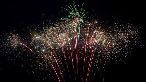 longexposure ontario canada nikon fireworks ottawa canadaday 2014 dunrobin longexposurefireworks d7100 bensenior nikond7100 fireworks2014 canadaday2014