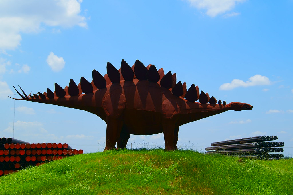 Stegosaurus, Texas, Texas Pipe & Supply, Houston, TX | Flickr