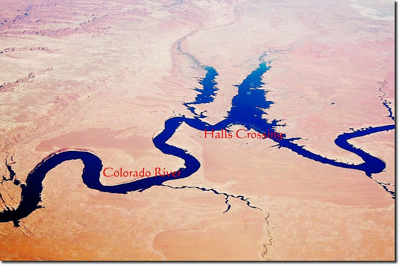 Looking down Colorado River from the air 10-1