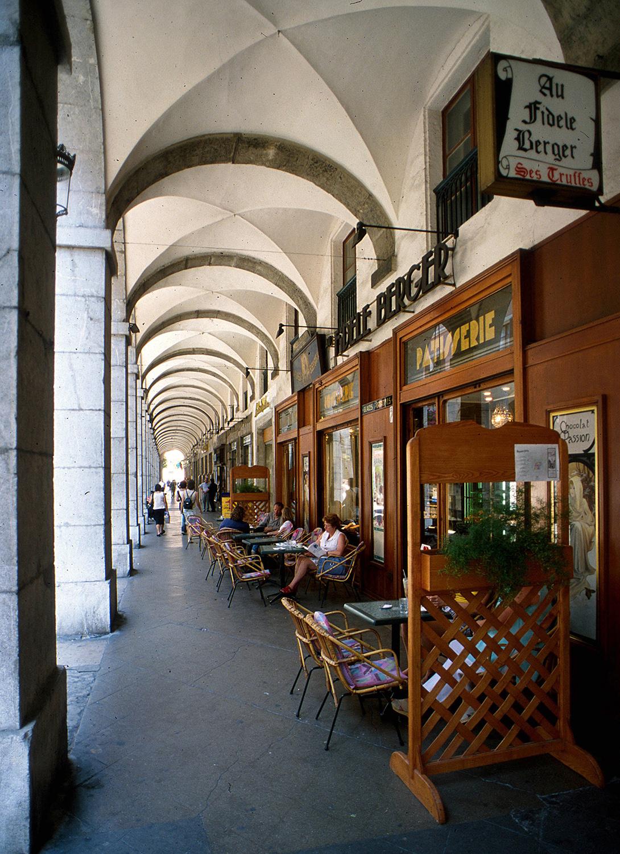 Arcades de la rue de Boigne