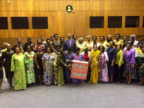 Women recognized in Footmarks