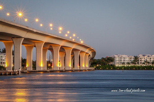 bridge rooseveltbridge water river stlucieriverwaterfront condo condominium architecture civilengineering morning lights stuart florida usa outdoors outside