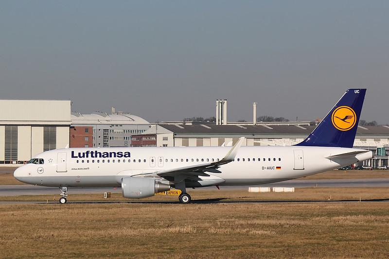 Lufthansa - A320 - D-AIUC (1)