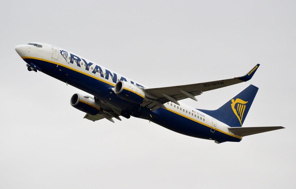 EI-DYN - B738 - Ryanair