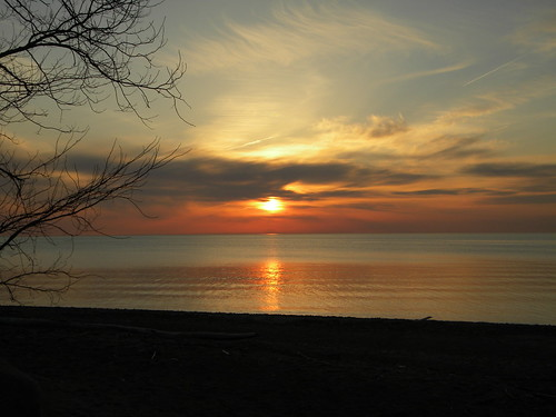 beach lakeerie pennsylvania sunsets greatlakes lakesandponds