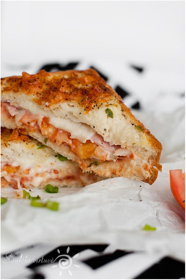 Karšti sumuštiniai su kumpiu ir sūriu (4)
