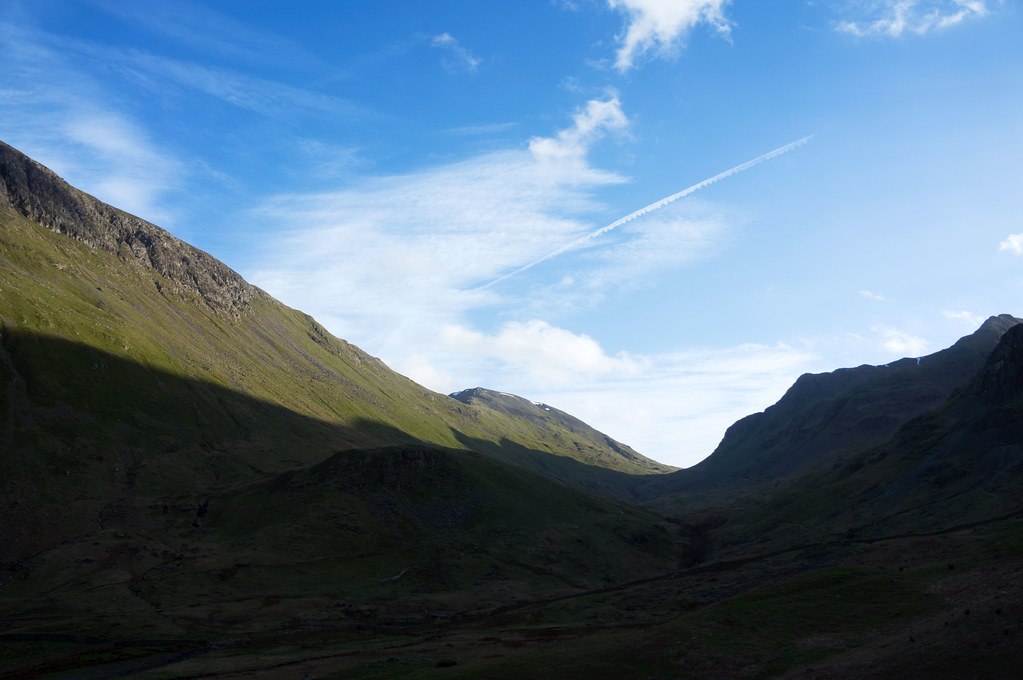 Looking up to Grisedale