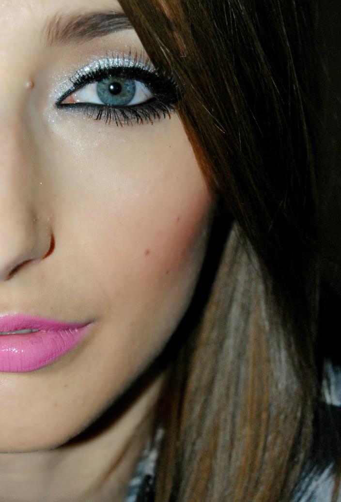 Makeup - Silver (5)