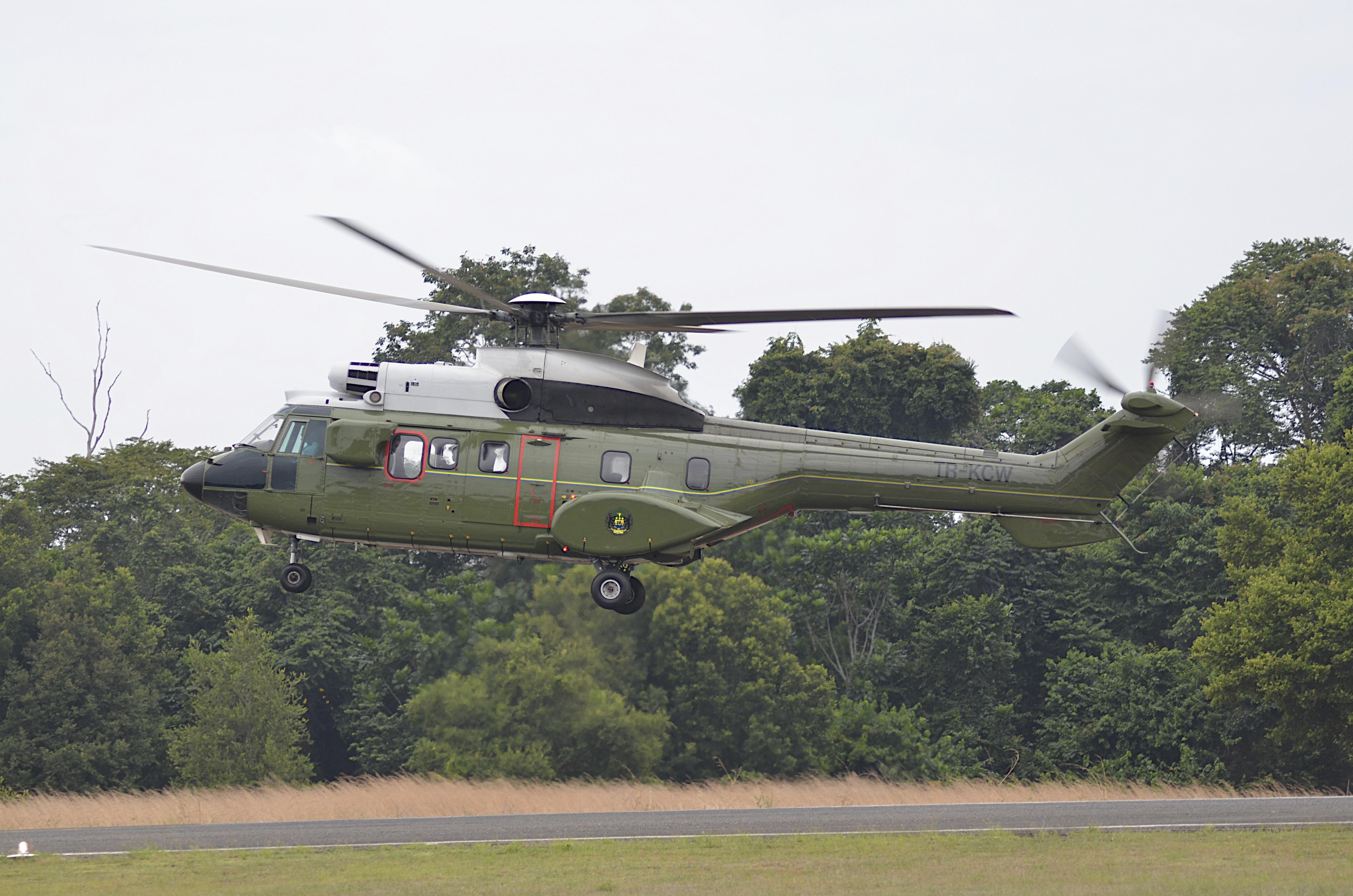 Armée du Gabon - Page 4 14286017800_d78d3223f8_o
