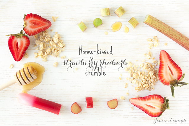 Honey-kissed-strawberry-rhubarb-crumble