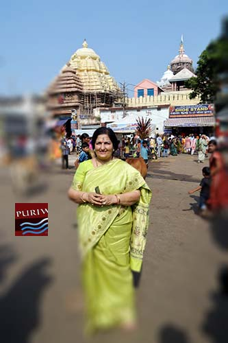 Bollywood Playback & Vajan Singer Anuradha Paudwal visited Shree Jagannath Temple