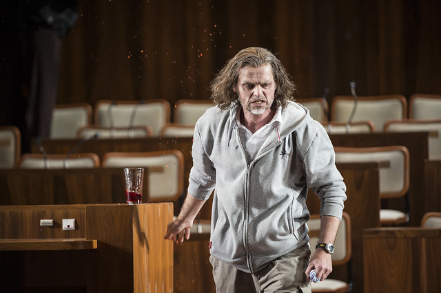 Rainer Trost as Aron in Moses und Aron © Bill Cooper 2014
