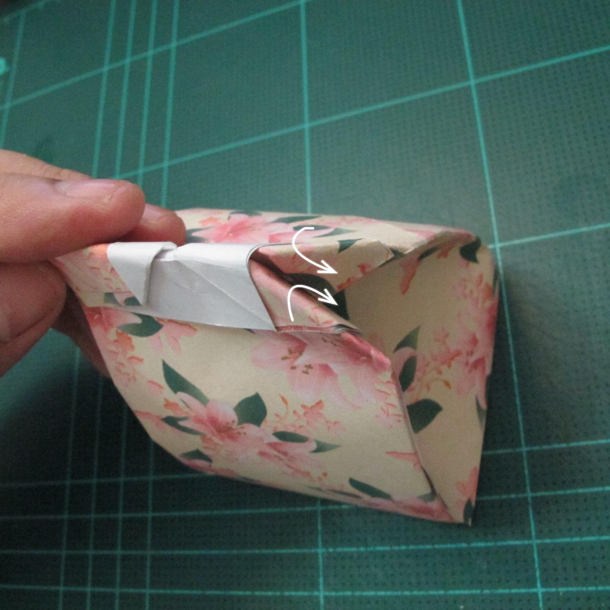 การพับกระดาษเป้นถุงของขวัญแบบไม่ใช้กาว (Origami Gift Bag) 016