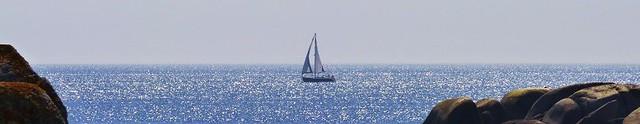 Navegando desde San Vicente por mar abierto... (2)