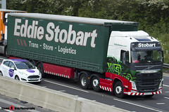 Volvo FH 6x2 Tractor with 3 Axle Curtainside Trailer - KS63 VLR - H4081 - Sharleen Andrea - Eddie Stobart - M1 J10 Luton - Steven Gray - IMG_0847