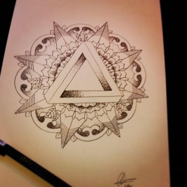 New Tattoo Design Drawn Up Tattoodesign Dotwork Geom Flickr