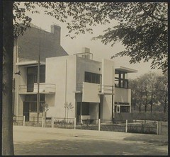 Schwitters, Kurt  Exterior view of the southwest and southeast façades of Schröder House, Utrecht, Netherlands, 1924