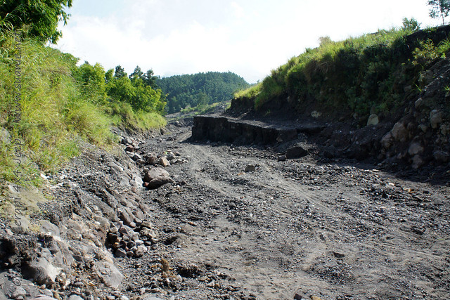 Yogyakarta - Gunung Merapi 4x4 Jeep tour - road