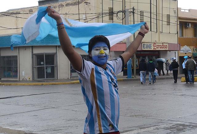 ROCA FESTEJOS ARGENTINA SEMIFINALES RN 21
