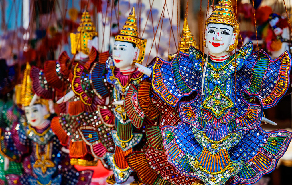 Laung Prabang dolls