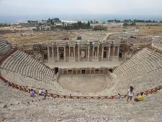 Attēls no Hierapolis Theatre.