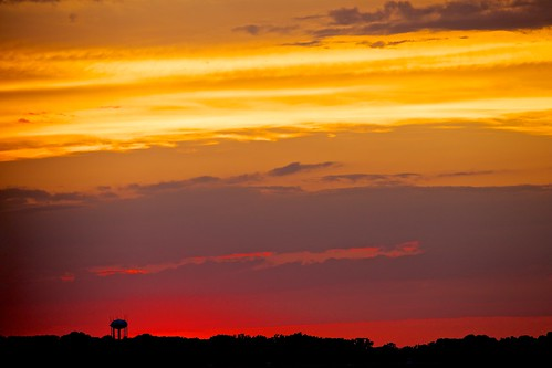 sunset orange clouds golden watertower reds arlingtonva canonef70200mmf28lis