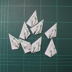 การพับกระดาษเป็นสัญลักษณ์ดาวแปดแฉกคู่ (Double Eight-Pointed Stars Origami) 010