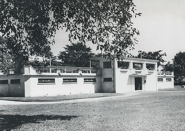 SAIGON 1949 - La piscine régionale de Saïgon-Cholon - Hồ Bơi An Đông